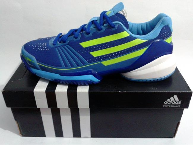 sepatu adidas tennis