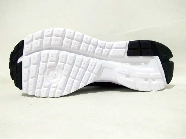 1b5277293cfc Sepatu Running Reebok Rush Women V68017 Black White Pink Gravel Harga  Rp.  799.000 Rp. 295.000. Tersedia   - 1 Pasang Ukuran 38