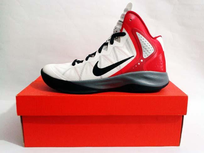 Sepatu Basket Nike Zoom Hyperenforcer White Black Red Grey Harga  Rp.  1.499.000 Rp. 500.000. Tersedia   - 1 Pasang Ukuran 42 3dca49ad73