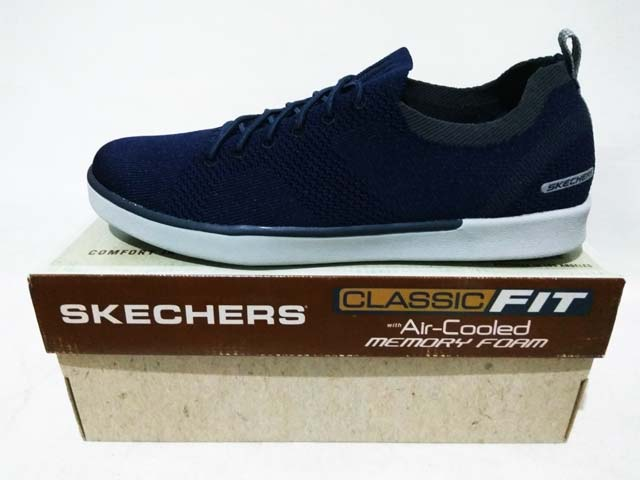 6a91a608c9f0 Sepatu Skechers Classic Fit Air-Cooled Memory Foam Boyar Molsen 65033 Navy  Harga  Rp. 899.000 Rp. 325.000. Tersedia   - 1 Pasang Ukuran 43
