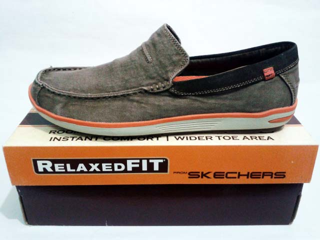 skechers naven spencer
