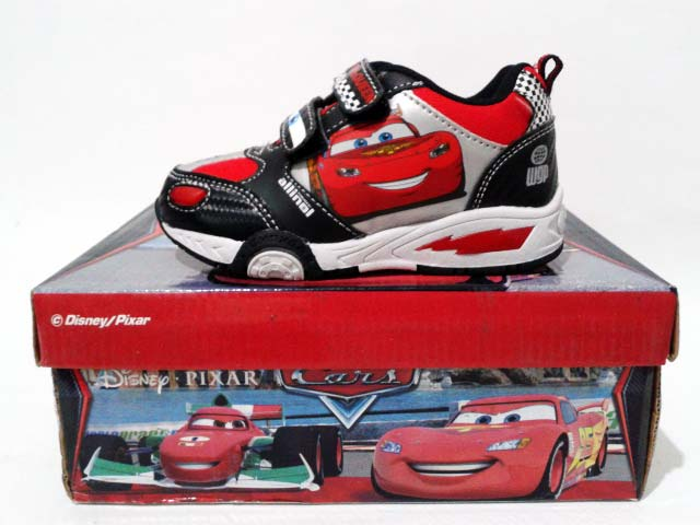 sepatu anak disney pixar cars lightning mcqueen black red