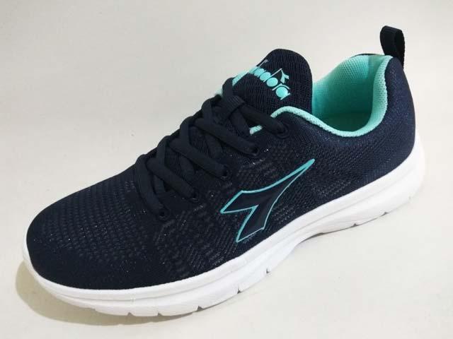 Sepatu Running Diadora Gluca Women Navy Turqoise White Rp. 399.000 Rp.  195.000. Tersedia   - 3 Pasang Ukuran 38 abd11e665d